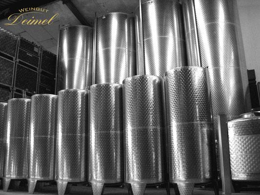 Weinkeller - Edalstahlfässer