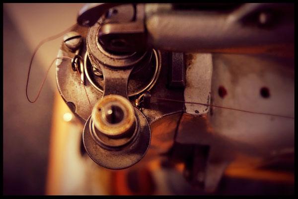 Nähmaschine für Leder