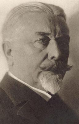 Schütte lehrte  Luftfahrtzeugbau, Schiffselemente und Entwerfen von Schiffen (Quelle STG)