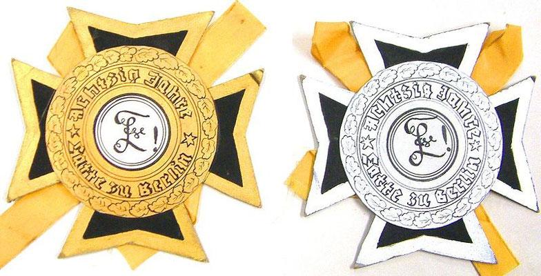 Diese Orden wurden zum 8o. Ordensfest kreiert (Foto Dr. Hochhaus)