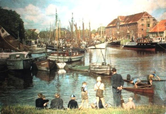 Hafen mit Speicher im Hintergrund um 1955 (Foto Dr. Hochhaus)