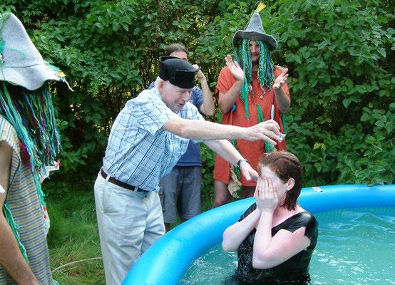 Die 128. amtierende Ordensmeisterin, Nina Landsberg, wird ebenfalls 2006 getauft, die Taufe findet auf der Schleuseninsel statt  (Foto Dr. Hochhaus)