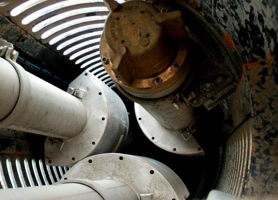 Abbildung 12: Blick in das Rohr zur Seewasserversorgung (Foto Dr. Hochhaus).