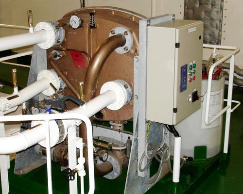 Abbildung 18: Frischwassererzeuger auf einem Frachtschiff (Foto Dr. Hochhaus)