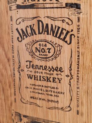 Holzwerk Peter Stoiber - Brandmalerei - Jack Daniel´s Whiskey auf Eiche