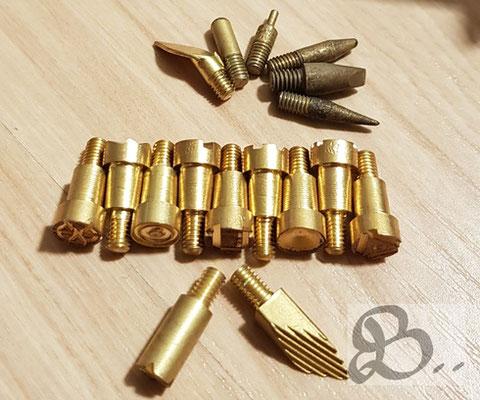 Brandmalstempel und -Spitzen für Holz, Leder, Kork oder Stoffen. Bei Brandmalkolben schraubt man diese in die Spitze des Kolbens - Holzwerk PS