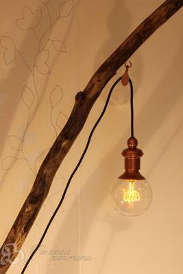 Holzwerk Peter Stoiber - Holzarbeiten - Treibholzlampe