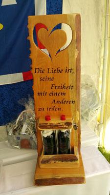 Holzwerk Peter Stoiber - Brandmalerei - Hochzeitsgeschenk aus Lärchenholz