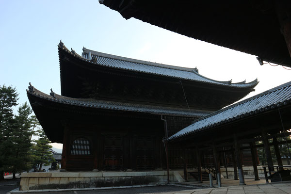 法堂(はっとう)・禅寺のホール