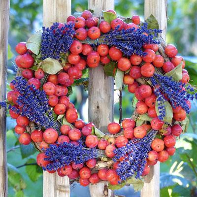 Apfelkranz mit Lavendel