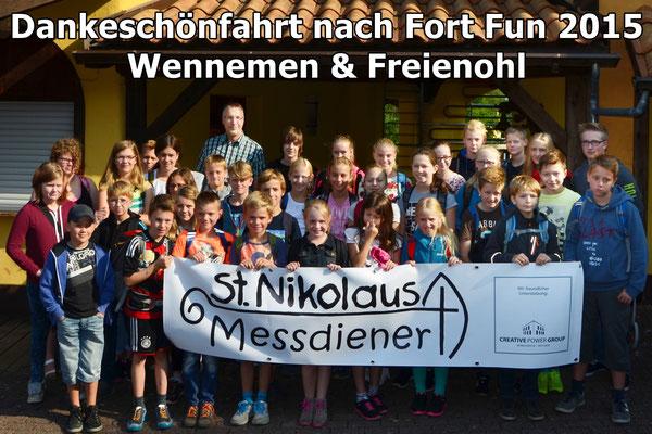 Wennemener und Freienohler Messdiener gemeinsam bei der Dankeschönfahrt 2015 nach Fort Fun(Bild: Björn Merker)