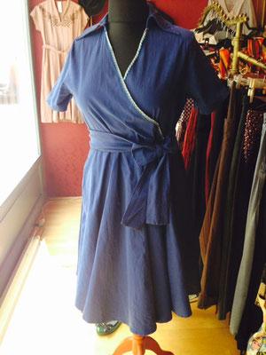 Kleid im Vintage Style blau