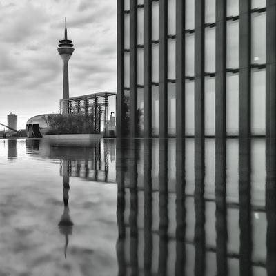 Düsseldorf, am Hyatt Hotel
