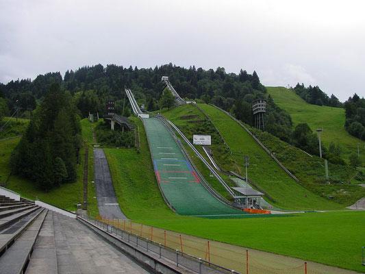 Skistadion von Garmisch-Partenkirchen (730 m); Quelle: upload.wikimedia.org (15.03.2017)