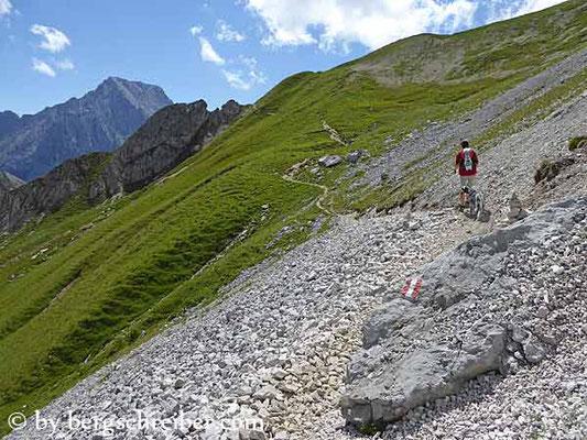 Feldernjöchl (2.041 m); Quelle: bergschreiber.com (15.03.2017)