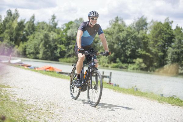 e-Bike kaufen und kostenlos probefahren in der e-motion e-Bike Welt Hombrechtikon