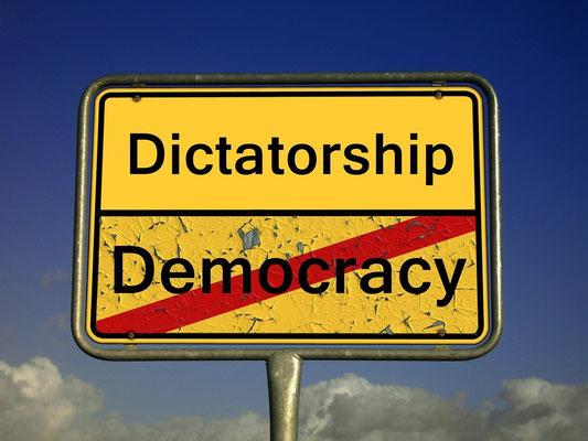 L'ONU va devenir de plus en plus totalitaire. Ce bel espoir des nations va, au nom de la santé et de la sécurité, recevoir de plus en plus de pouvoir de la part des gouvernements de ce monde et se changer en dictature mondiale.