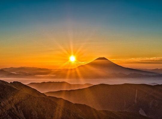Vivons pleinement l'instant présent. « Et ne vous inquiétez jamais du lendemain, car le lendemain aura ses propres inquiétudes. À chaque jour suffit sa peine.»