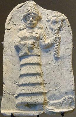 Déesse Ishtar, 1800 av. J-C - la déesse Ishtar est aussi Astarté, Vénus, Aphrodite, Tanit. La porte d'Ishtar est la plus célèbre porte de Babylone.