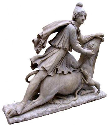 Le dieu Mithra très vénéré dans l'Empire romain et le taureau. Le culte du taureau est notamment présent dans le mithraïsme (sacrifice du taureau),