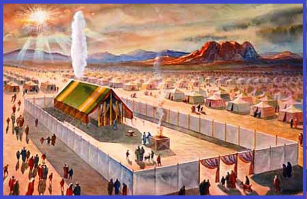 Quand ils ne se déplacent pas, la nuée reste au dessus du tabernacle. C'est la nuée qui donne le signal de départ.