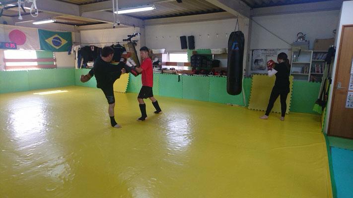 生駒市、大和郡山市、天理市、奈良市でキックボクシングするならteamYAMATO奈良新大宮支部。