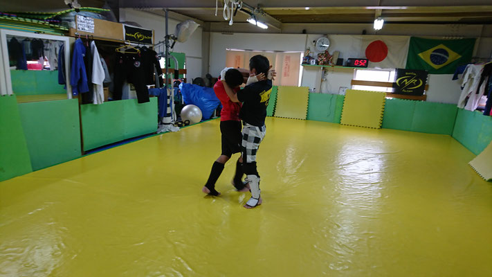 奈良市、キックボクシング、空手、拳法、カラテ