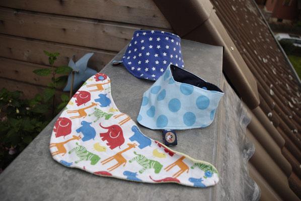 Halstücher (Sterne mit Fleece-Rückseite, Tiere mit Nicki-Rückseite und Punkte mit Baumwoll-Rückseite)