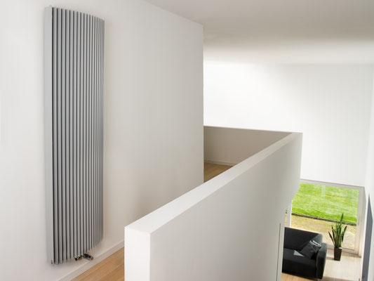 Design heizk rper wohnzimmer diele bad henseler for Design heizkorper wohnraum