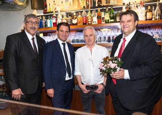 """Besuch im Restaurant """"Casa Venti"""": Gerhard Zirngast mit LH-Stv. Michael Schickhofer, SWV-Präsident Karlheinz Winkler und SWV-Vizepräsident Fardin Tabrizi. Foto: Michael Schnabl"""