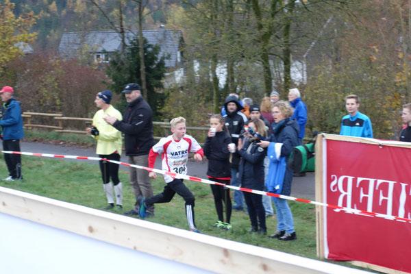 Sieger der jugendlichen Schüler: Fabio Klein (TuS Deuz)