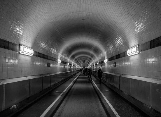 Elbtunnel - Hamburg