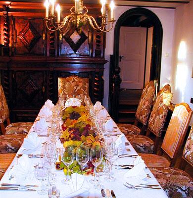 Tauchen Sie ein in die historische Event-Welt des Weingut Nägelsförst