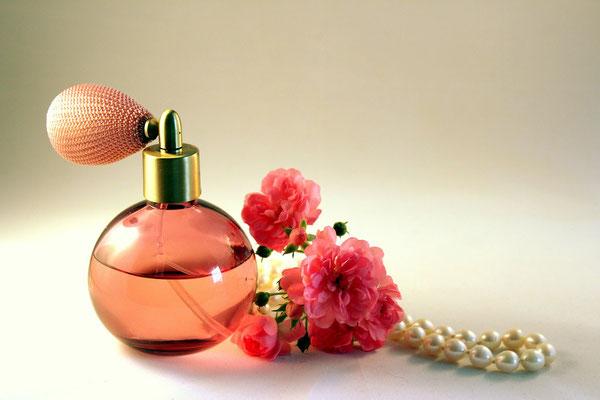 Parfume in orange-rosa Zerstäuber