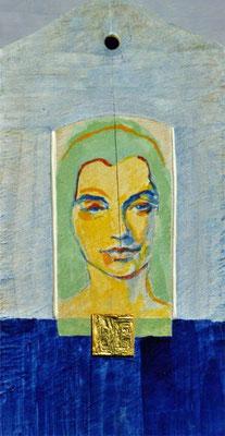 Frau, 24/13  cm, Eitempera und Gold auf Frühstücksbrettchen