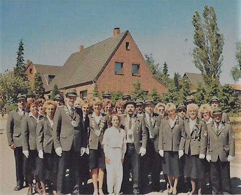 Die ersten Mitglieder des Scharmbeckstoteler Schützenvereins
