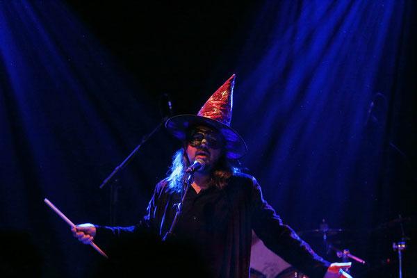 Bart Schramm im Song 'Revenge Of The Wizzard'