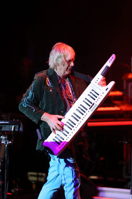 Geoff Downes von YES