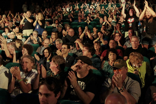 Publikum im Stardust-Theater