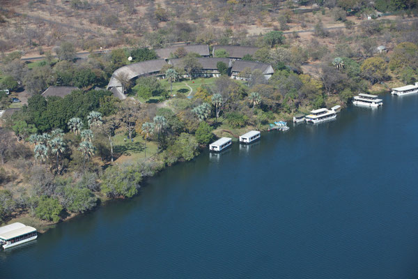 Blick auf die A'Zambezi River Lodge