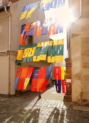 EINANDER, Installation in Torgau, Schlossstraße/ Franziskanergasse, 2017