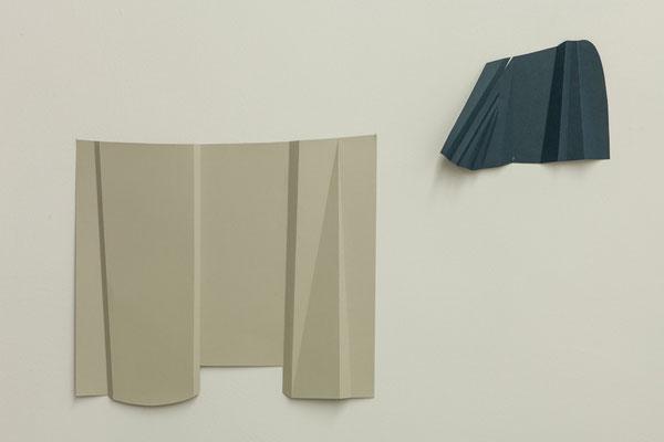 """- """"Wandlandschaft"""" Papierobjekte, 2017, Pavillon am Milchhof, Berlin"""