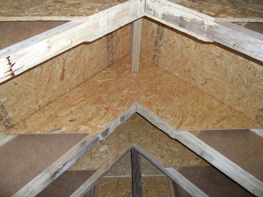 découpe de panneaux de bois (OSB) non conforme aux plans d'exécution du BET