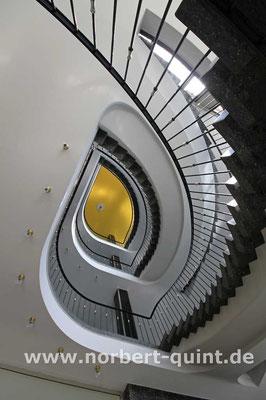 Kassel     Treppenhaus AOK-Gebäude