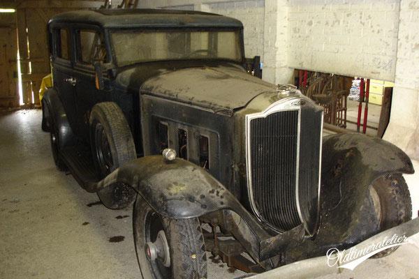 Packard 900 light eight 1932