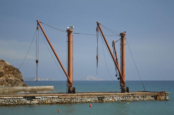 Verladestation im Hafen von Moutsouna