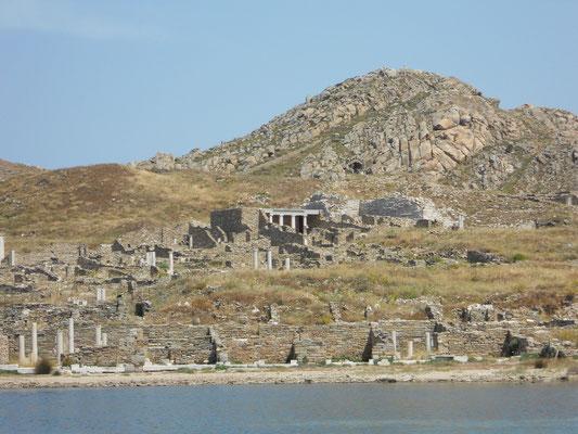 alter Handelshafen von Delos