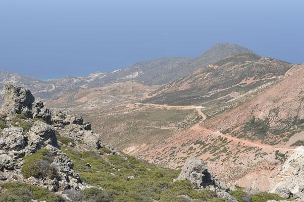 Der Weg führt auf den Gipfel