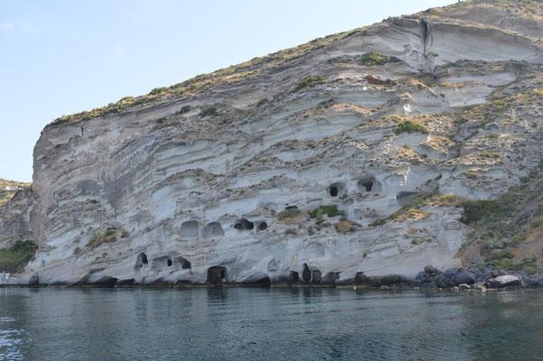 Die Katakomben vom Schiff aus