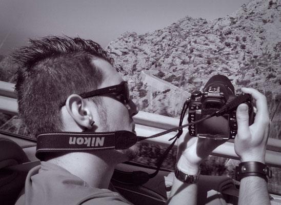 Shooting aus dem Auto heraus in den Bergen Mallorcas (ESP)